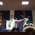 Samedi 27 février 2016 50200 COUTANCES Salle des fêtes de Cambernon Le décor de fête: l'arbre des étrennes, les drapeaux, les armes traditionnelles Ouverture: Romain présente l'association au public Les […]